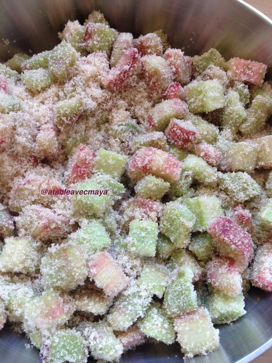 4. mélangés au sucre
