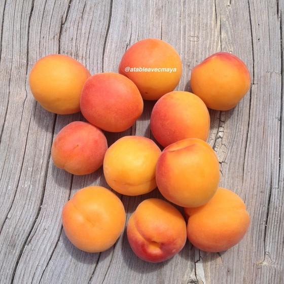 2. abricots