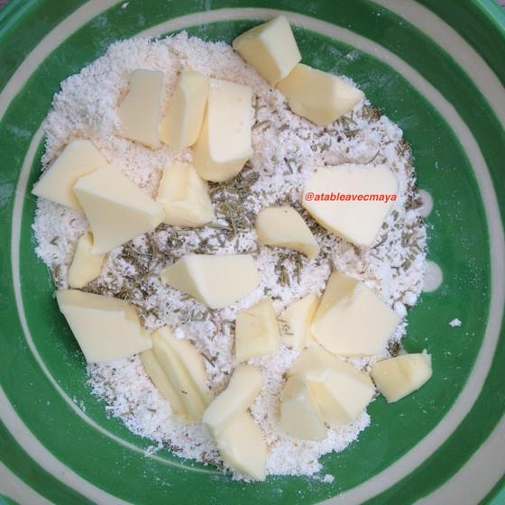 4. ingredients pate crumble