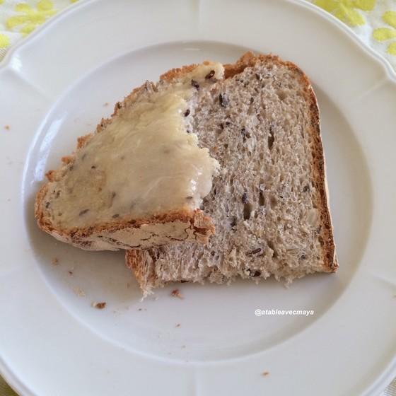 12. pain à la cocotte - tartines au miel