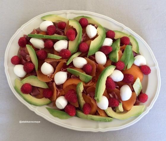 3. melon jambon revisité - on ajoute les framboises