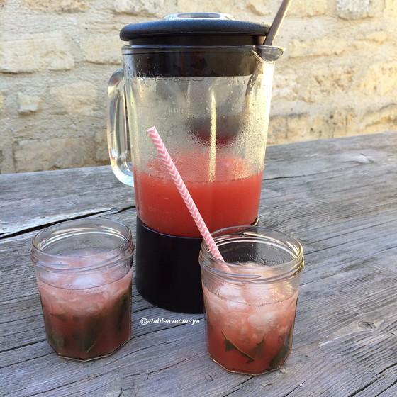 8. Margarita pasteque -pitcher et verres